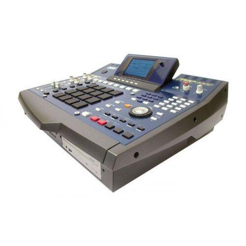 Akai Professional MPC4000 Music Production Center