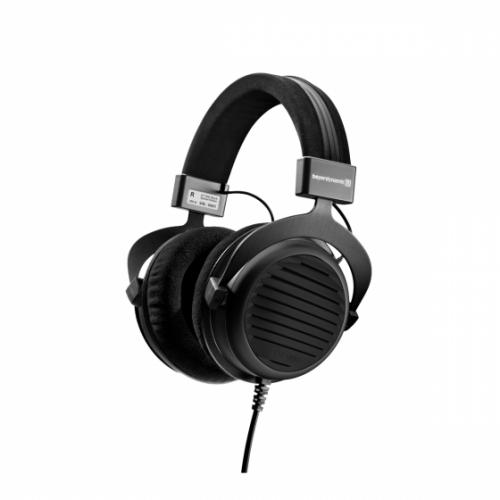 beyerdynamic DT 990 Black Special Edition