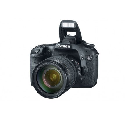 Canon EOS 7D EF 28-135mm IS Lens Kit